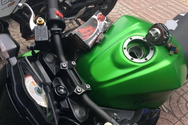 Hướng dẫn sử dụng In-tank B2/T (Xe Kawasaki Z300)