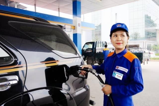 Xe chuẩn Euro 4, xăng chuẩn Euro 2. Giải pháp nào cho người dùng xe Ô Tô?